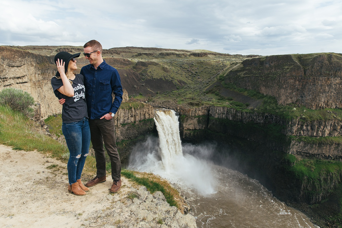 Couple at Palouse Falls