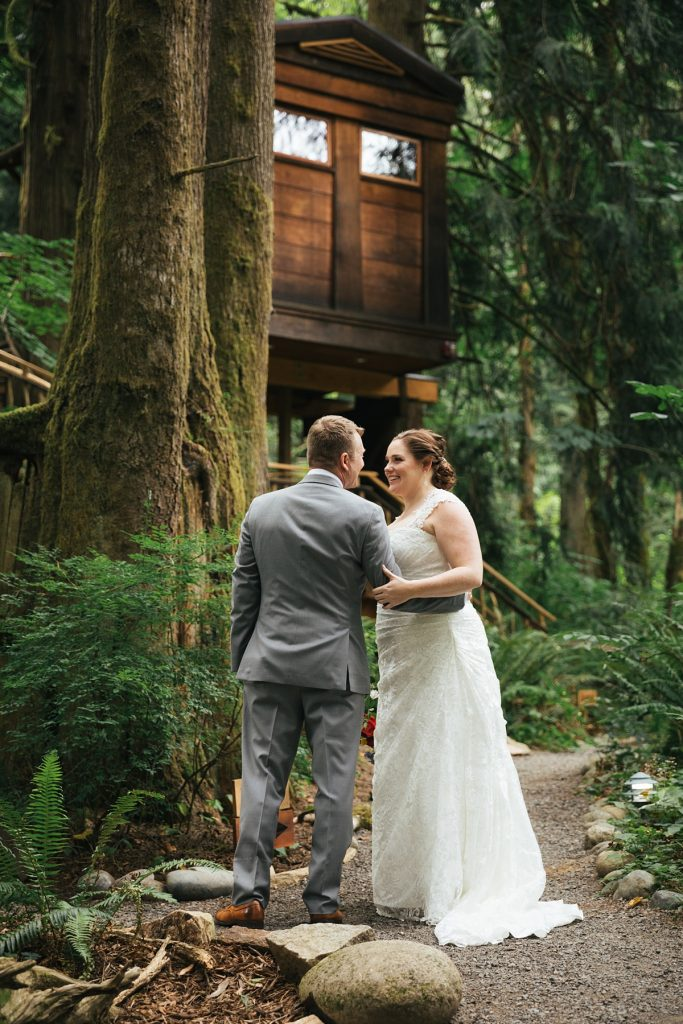 TreeHouse Point Wedding first look
