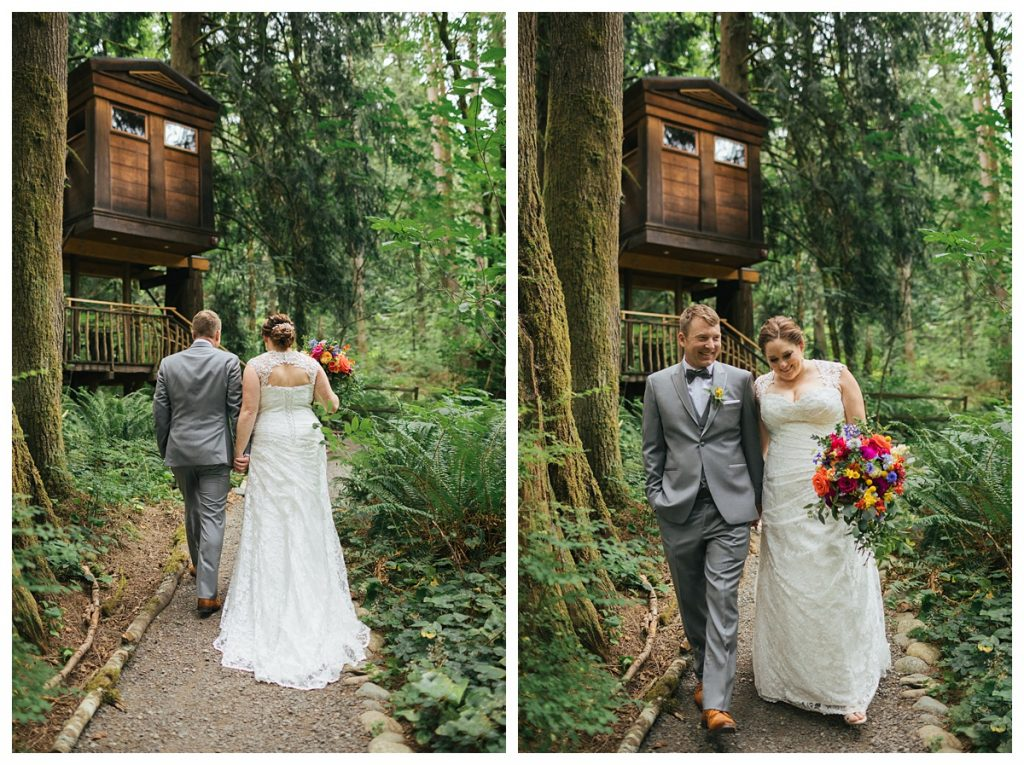 TreeHouse Point Wedding bride and groom portraits with tree house in background