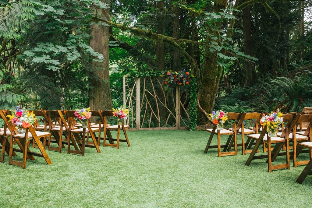 TreeHouse Point Wedding ceremony details