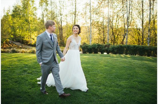 Cedarbrook Lodge Wedding bride and groom portraits during golden hour